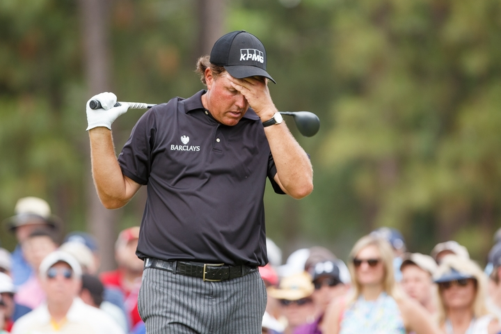 12-06-14 USGA - PGA Tour 2014, US OPEN CHAMPIONSHIP, Pinehurst Resort and Country Club, Village of Pinehurst, North Carolina, USA. 12 - 15 Jun. Phil  Mickelson of United States reacts after his drive during the first round. # NO AGENTS #