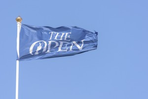 18-07-15 European Tour 2015, 144th OPEN CHAMPIONSHIP, Old Course, St. Andrews, Fife, Scotland, UK. 16 - 19 Jul.  Shots at Saturday when the play was suspended due to high winds. Flags in the wind.