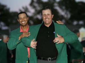 9-4-2006 / PGA Tour 2006/Masters Tournament/Augusta National, USA/06 April - 09 April/Contact +31 45 522 73 59, Phil Mickelson won The Masters, here is he presented the green jacket by the former champion Tiger Woods. * THIS PHOTO MAY NOT BE SOLD IN SWEDEN (without the permisssion of Christer Hoglund) (photo: golfsupport.nl)