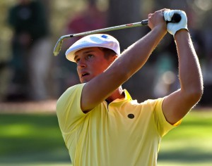 08-04-16 European Tour 2016, The Masters Tournament, Augusta National GC, Augusta, Georgia, USA. 07-10 Apr. Bryson Dechambeau of United States watches the flight of his ball toward the 17th green during the second round. # NO AGENTS #